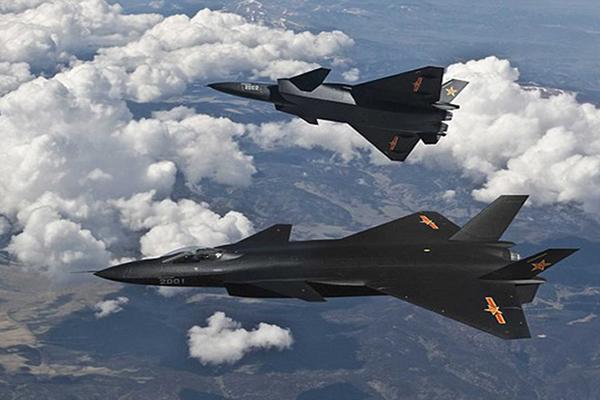 চীন যুদ্ধের জন্য বিমান বাহিনীকে শক্তিশালী করছে