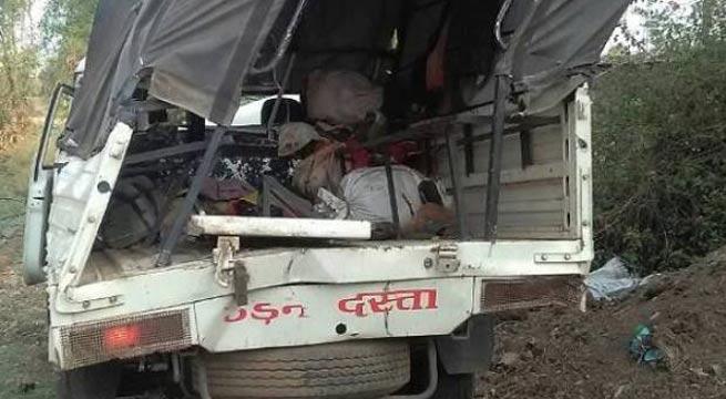 ভারতের মধ্যপ্রদেশের জব্বলপুরে গাড়ি উল্টে নিহত ১১ শ্রমিক