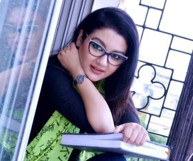 তৃতীয় বার শ্রেষ্ঠ অভিনেত্রীর জাতীয় পুরস্কার পেলেন জয়া