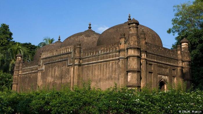 দশটি প্রাচীন মসজিদ