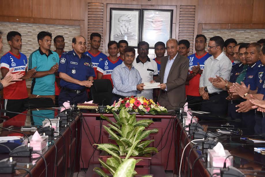 বাংলাদেশ পুলিশ ফুটবল ক্লাবের স্পন্সর রানার গ্রুপ
