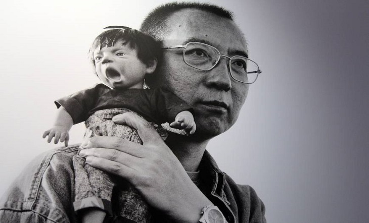 লিও জিয়াবোর মৃত্যুতে আন্তর্জাতিক সমালোচনা প্রত্যাখ্যান করেছে চীন