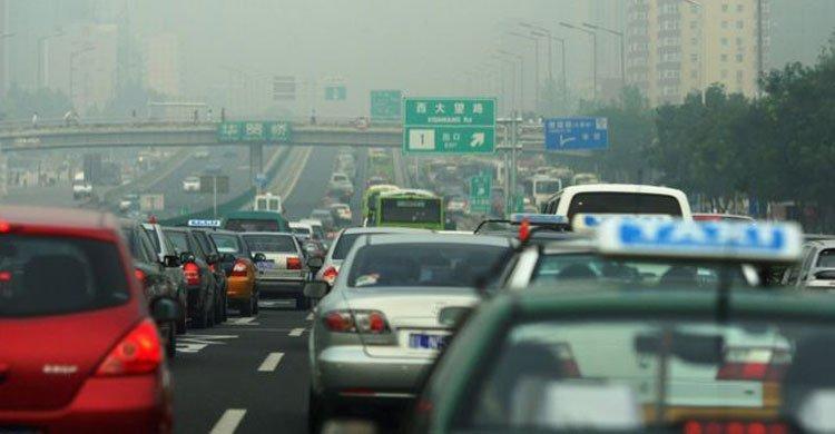চীনে ডিজেল ও পেট্রোলচালিত গাড়ি উৎপাদন এবং বিক্রি নিষিদ্ধের পরিকল্পনা