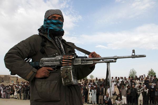 আফগানিস্তানে পৃথক দুই হামলায় ১৯ পুলিশ নিহত
