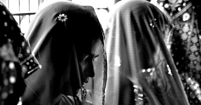 নিজের বিয়ের জন্য যে মেয়ে বেচতে গেল কিডনি