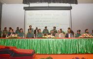 তেজগাঁওয়ে দুঃস্থ মানুষের মাঝে শীতবস্ত্র বিতরণ করলেন ডিএমপি কমিশনার