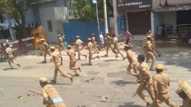 ভারতের তামিড়নাড়ুতে পুলিশের গুলিতে নিহত নয়