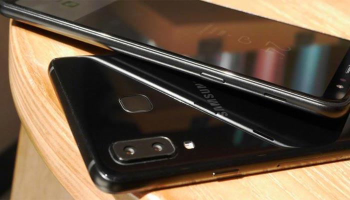 কম আলোতেও দুর্দান্ত সেলফি তুলতে হাজির Galaxy A8 Star