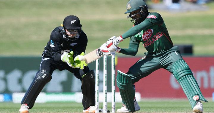 দ্বিতীয় ওয়ানডেতে নিউজিল্যান্ডকে ২২৭ রানের লক্ষ্য দিয়েছে টাইগাররা
