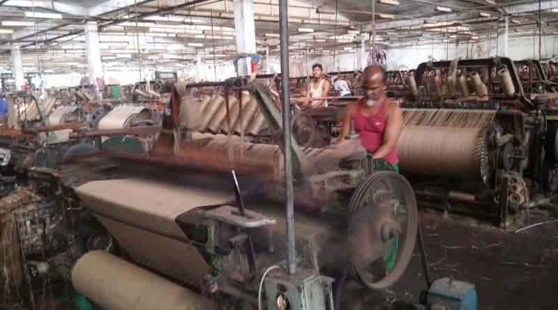পাটকল শ্রমিকদের বেতন-ভাতা পরিশোধে ১৬৯ কোটি ১৪ লাখ টাকা থোক বরাদ্দ