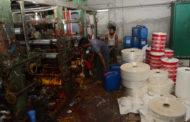 পলিথিন কারখানায় ডিএমপি'র ভ্রাম্যমান আদালত: পঞ্চাশ হাজার টাকা জরিমানা