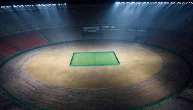 আহমেদাবাদে বিশ্বের সবচেয়ে বড় ক্রিকেট স্টেডিয়াম