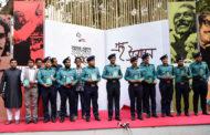 'তিতির ডুবানো চাঁদ' বইয়ের মোড়ক উন্মোচন করলেন ডিএমপি কমিশনার
