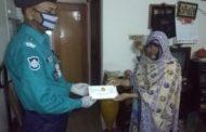 করোনাযুদ্ধে শহীদ পুলিশ সদস্যের পরিবারকে আর্থিক অনুদান দিলেন ডিএমপি কমিশনার