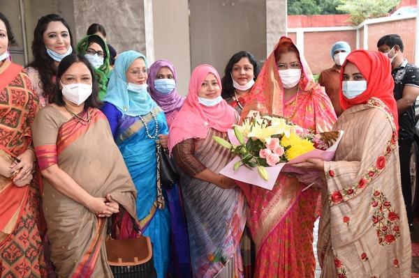 আলোর দিশারী হয়ে পুলিশ বাহিনীর পাশে থাকবো: পুনাক সভানেত্রী জীশান মির্জা