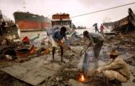 বিশ্বে জাহাজ ভাঙা শিল্পে শীর্ষে বাংলাদেশ