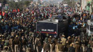 লক্ষ কৃষকের আন্দোলনে অবরুদ্ধ ভারতের রাজধানী দিল্লি