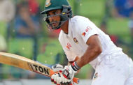 জিম্বাবুয়ে সফরে টেস্ট দলে মাহমুদুল্লাহ